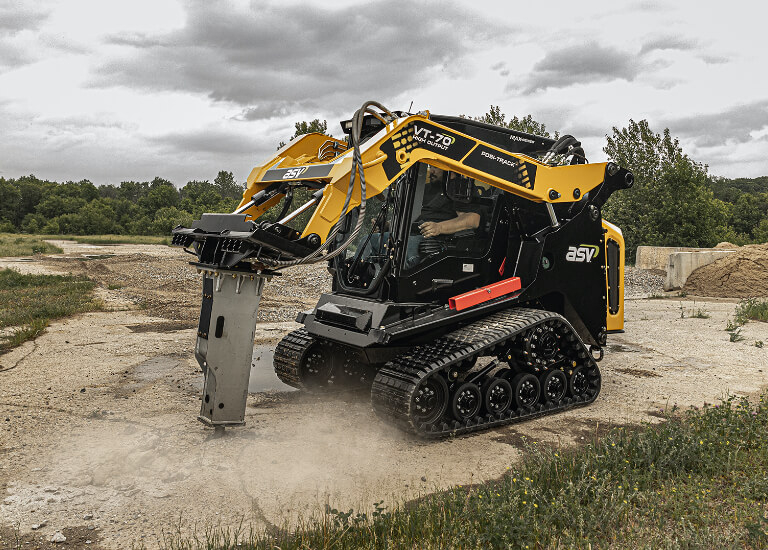 MAX-Series VT-70 Compact Track Loader High Output with Breaker
